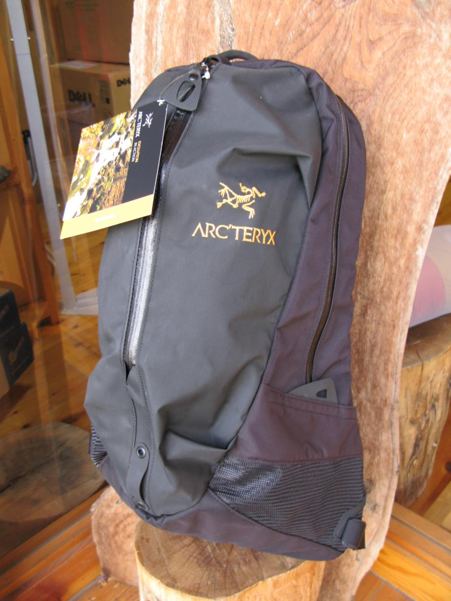 Arc'Teryx Arro from Berg's Snowsport Specialists.